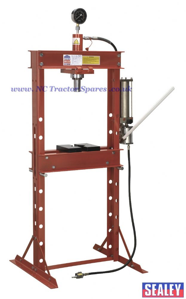 Air/Hydraulic Press 20tonne Floor Type